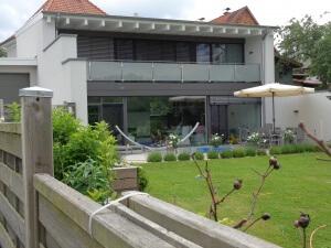 Zweigeschossige Wohnhaus-Erweiterung